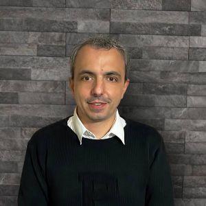 Fabrizio LeoneGraphic Designer